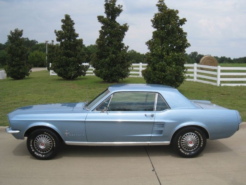 1967 Mustang coupe - GT Classic Cars